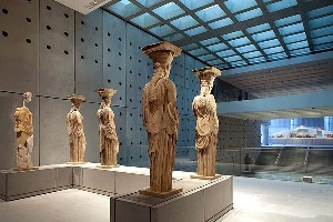 images/gallery/albums/2-Acropolis_museum/pic22.jpg